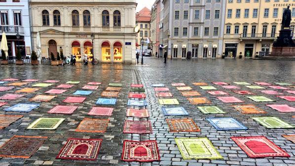 dresde-tapis-prière-Pegida-Islamophobie-Allemagne