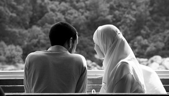 -Saint-Valentin-muslim-couple