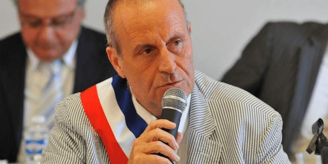 interdiction du culte musulman, Islamophobie : un maire demande l'interdiction du culte musulman en France