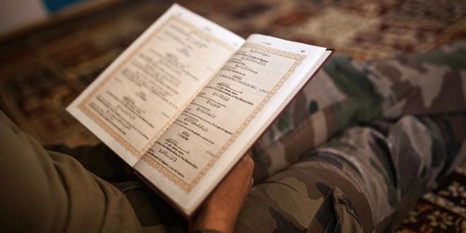 Les musulmans peuvent vivre leur foi au sein de l'armée.