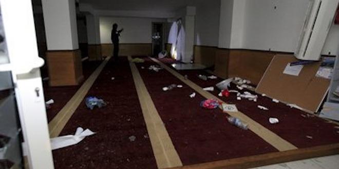 La salle de prière saccagée à Ajaccio.
