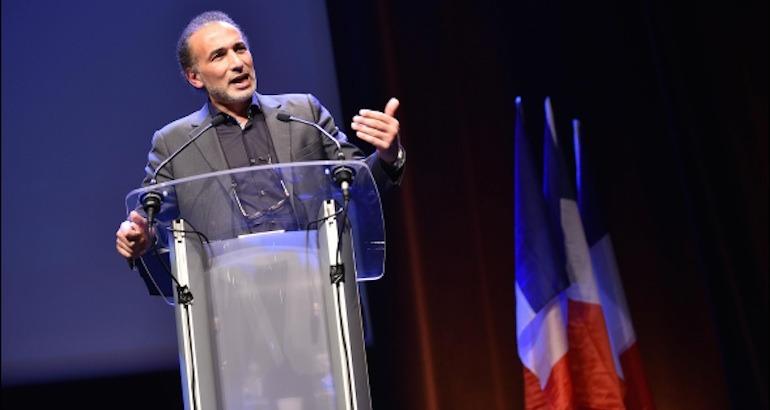 Pape, La laïcité en France est «incomplète», et c'est le pape qui le dit !