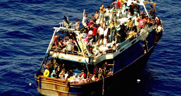 Naufrage d'un navire près des côtes Italiennes.