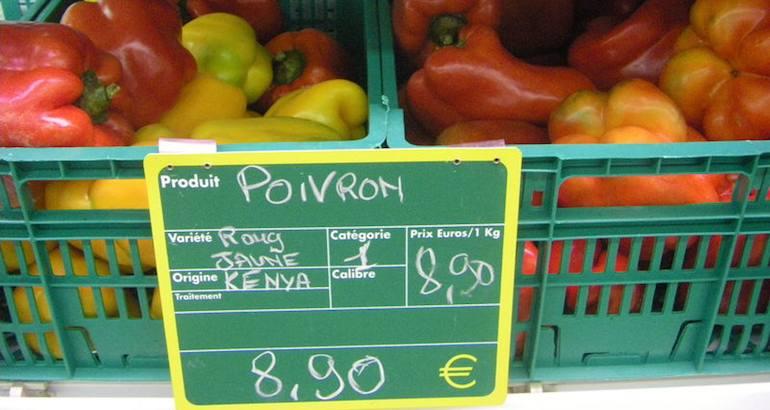 A Mayotte, les produits de la vie quotidienne très chers.
