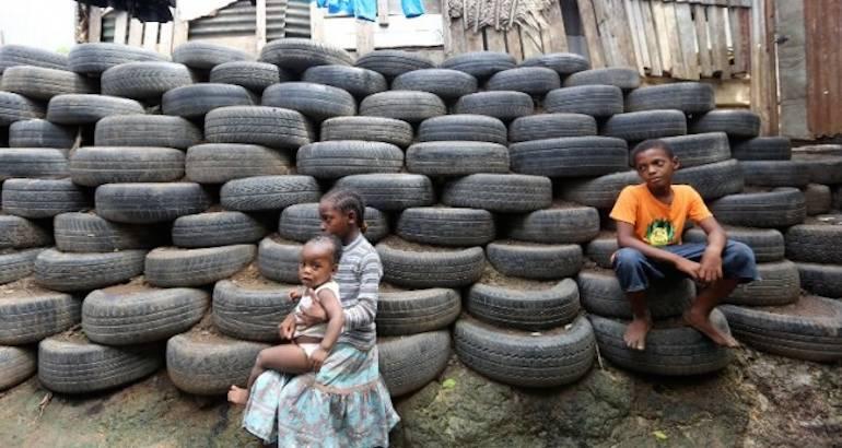 A Mayotte, la pauvreté s'accentue.