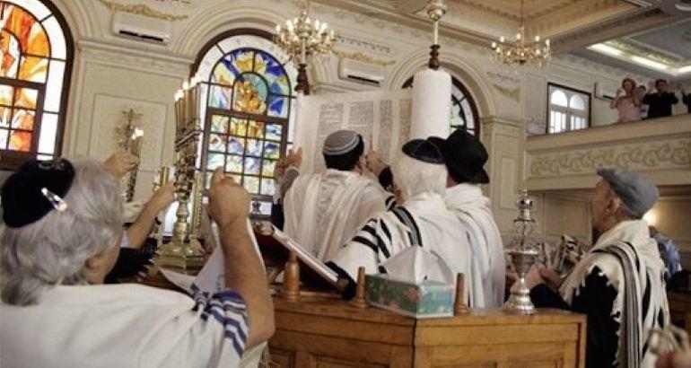 , A Marseille, une synagogue transformée en mosquée.