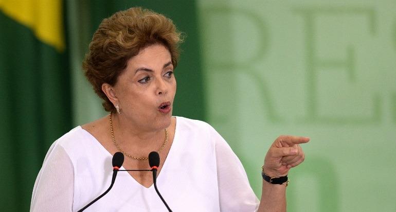 La présidente du Brésil est accusée de corruption.