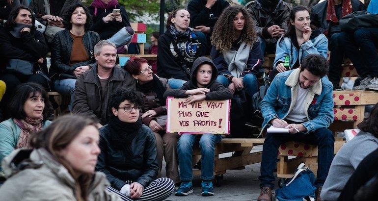 Le rassemblement Nuit Debout place de la République à Paris
