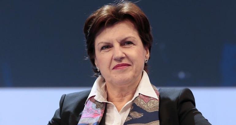 La députée du Doubs contre l'enseignement de l'arabe.