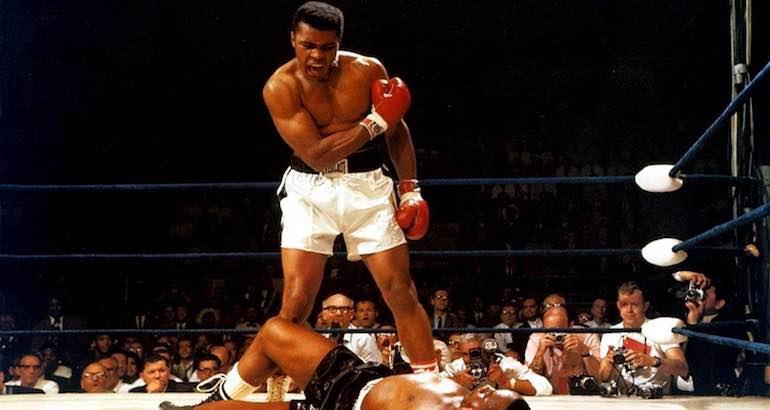 Mohamed Ali vainqueur par KO
