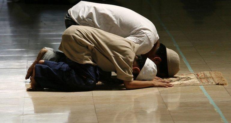 Des horaires de prière qui diffèrent pendant le ramadan.