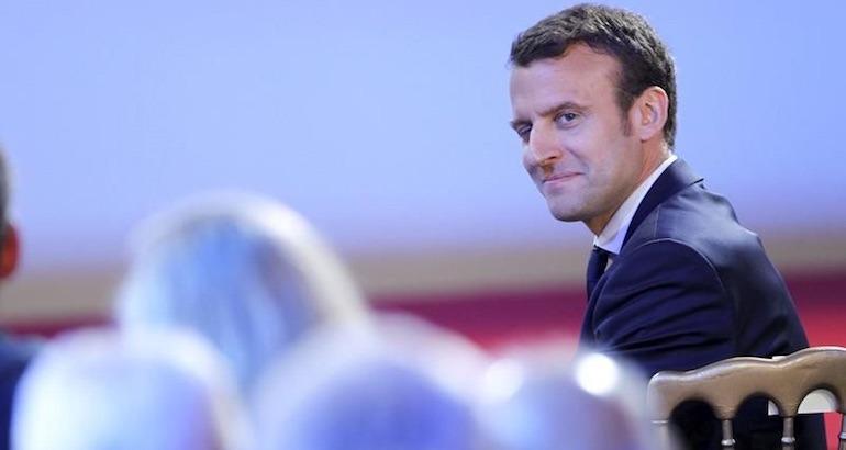 Emmanuel Macron est en Marche.