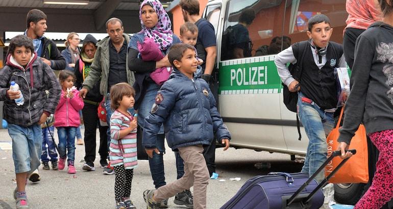 En Allemagne, les alliés bavarois d'Angela Merkel la somme de donner la priorité aux réfugiés chrétiens.