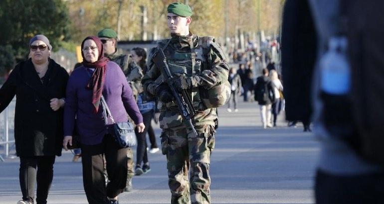 L'Etat d'urgence en France.