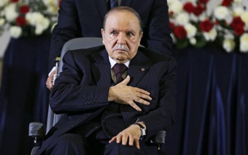 , Le FLN appelle Bouteflika à rempiler pour un 5e mandat: la «présidence jusqu'à la mort»