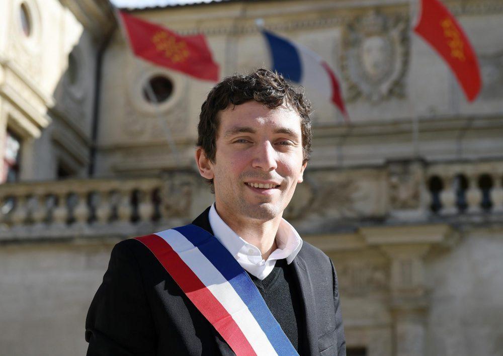 , Beaucaire : Julien Sanchez veut continuer à distribuer du porc dans les cantines