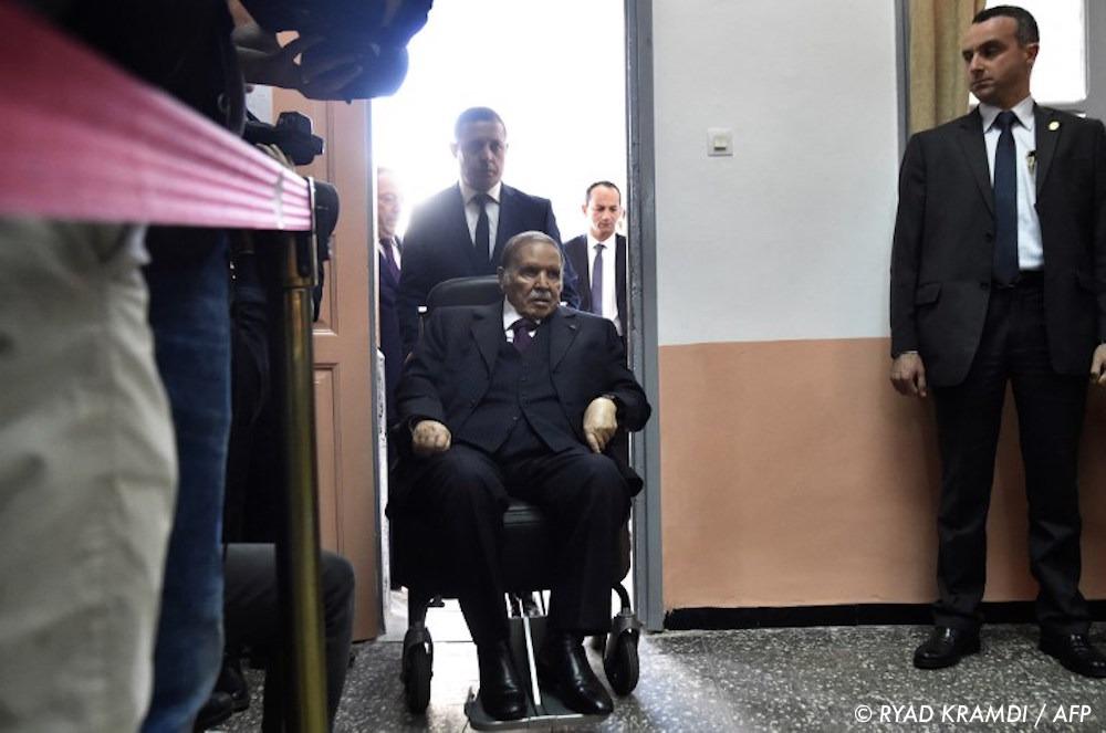 , Algérie : pas de 5e mandat pour Bouteflika mais une prolongation de 4e