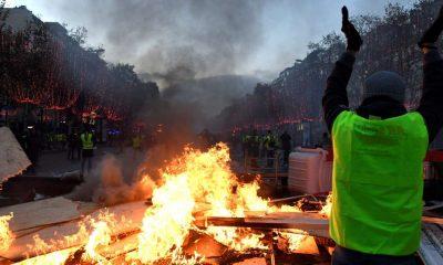 , La sœur d'Adama Traoré dénonce le silence de François Hollande
