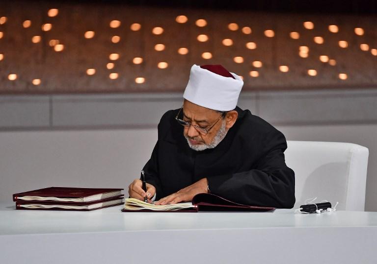 , Le grand imam d'Al-Azhar estime que la polygamie est «une injustice» pour les femmes