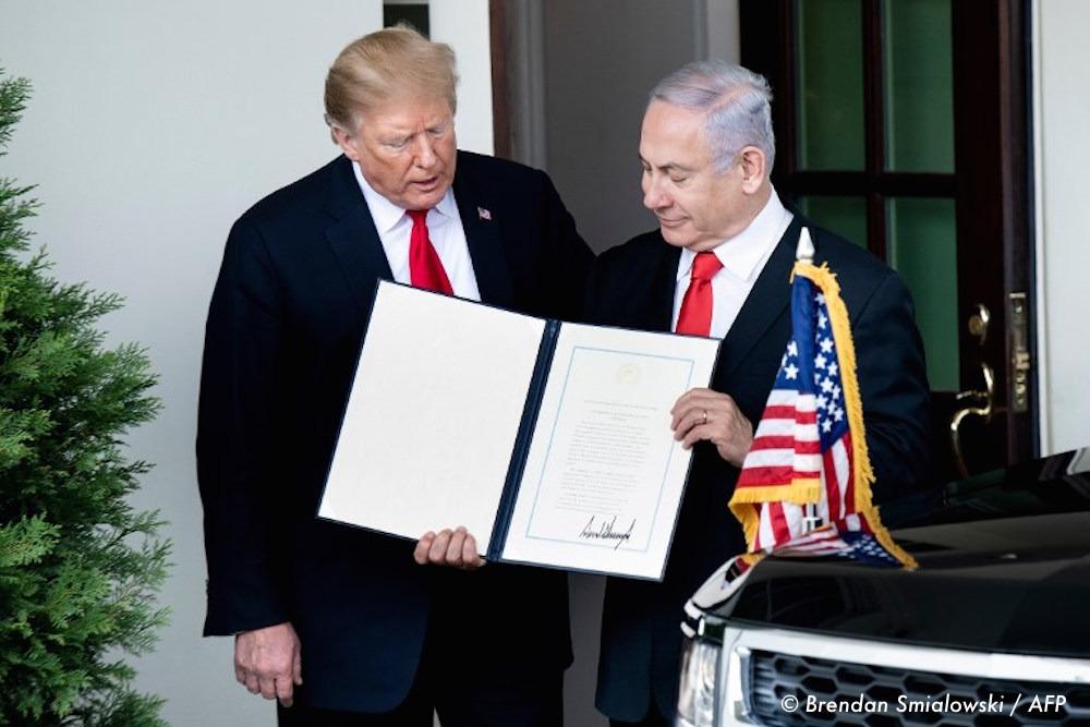 , Donald Trump signe un traité reconnaissant la souveraineté d'Israël sur le Golan