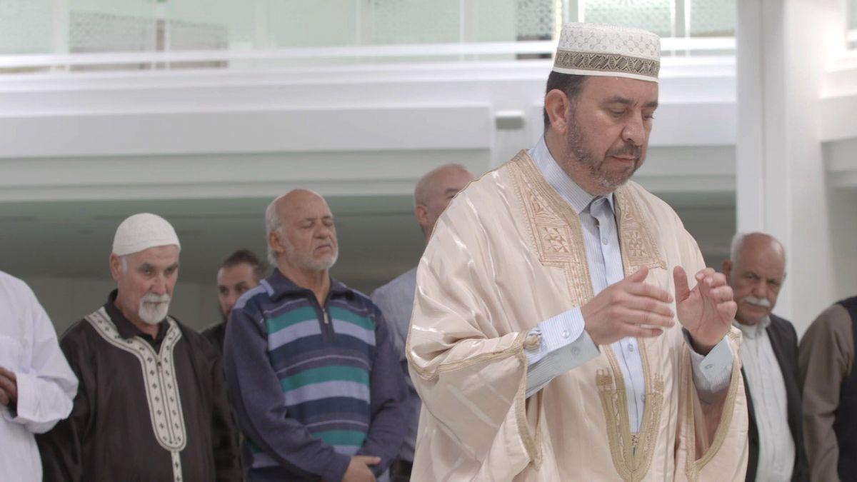 , «Imam, celui qui est devant» : un documentaire sur l'imam de la Grande Mosquée de Lyon