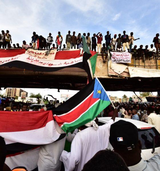 , Ryad et Abou Dhabi craignent le chaos au Soudan et une contagion