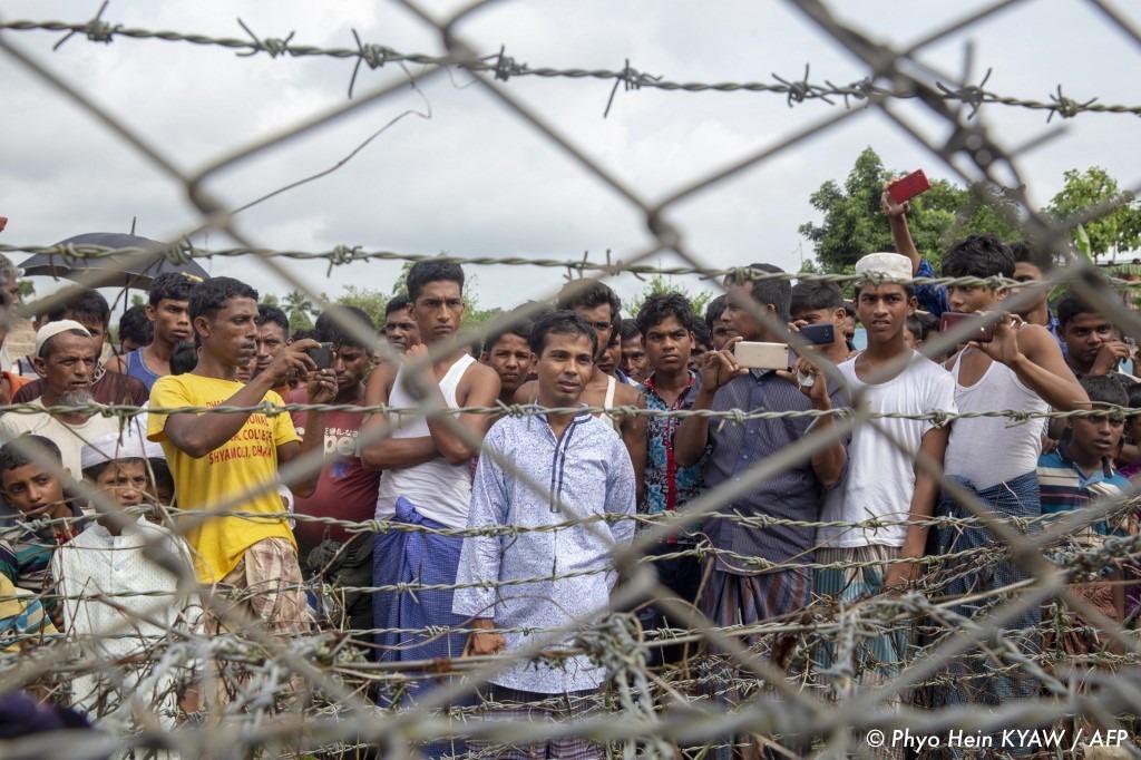 , Rohingyas : l'ONU a distribué des pièces d'identité