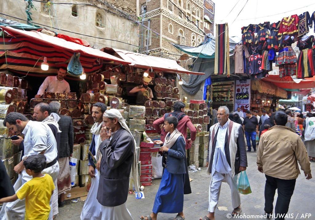 , Au Yémen, un ramadan qui débute sous les tirs de mortiers