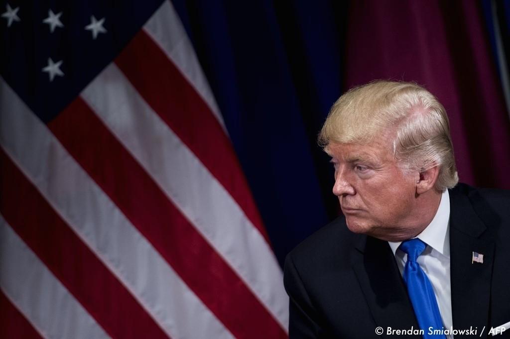 , Un candidat républicain déplore le « racisme » de Donald Trump