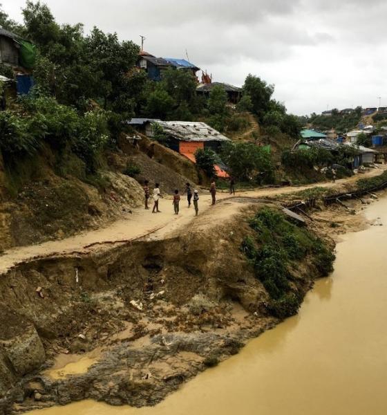 , Des milliers de sans-abris dans des camps de Rohingyas à cause des intempéries