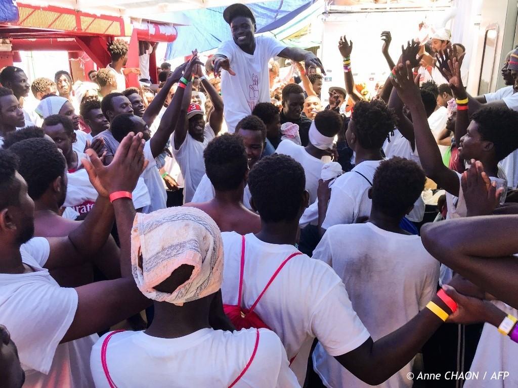 , La France accueillera 150 des 356 migrants de l'Ocean Viking